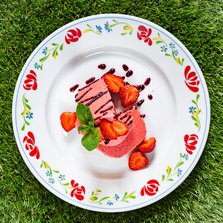 dessert with strawberries Banco de Imagens
