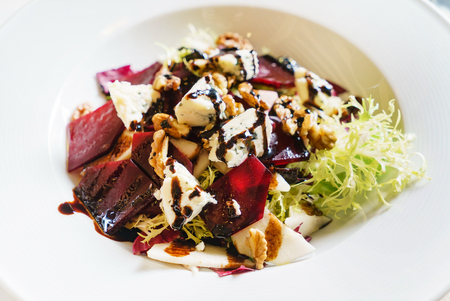 beetroot salad with cheese Stockfoto
