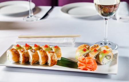 set of sushi Imagens - 107188397