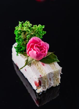 slice of birthday cake 版權商用圖片