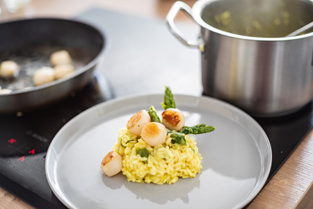 risotto with scallops Stockfoto