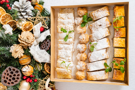 Christmas sweets in the box Standard-Bild