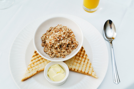 buckwheat porridge and toasts