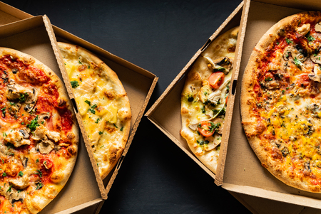 a bundle of pizzas 版權商用圖片