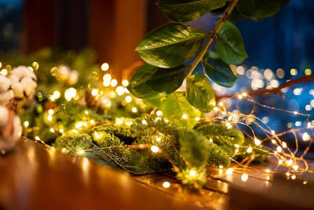 Kerstdecoratie met lichtjes Stockfoto