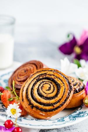 freshly baked cinnamon rolls Stock Photo - 115205253