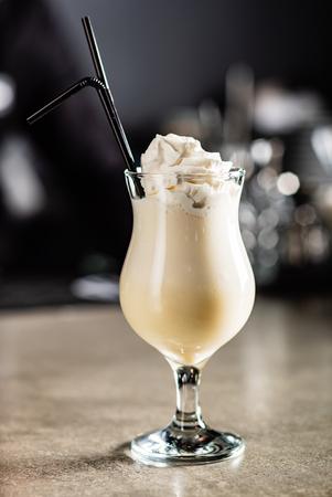 cocktail in the bar Reklamní fotografie - 115485956