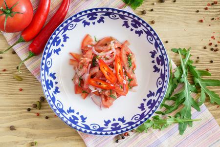 tomato salad with chilli pepper