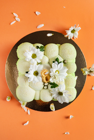 Cake with flowers for Womans day Imagens