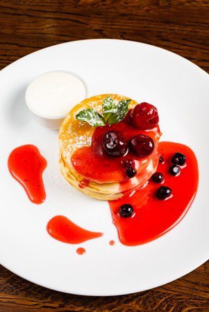pancakes with berry sauce