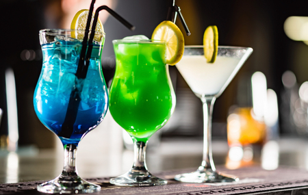 cocktail in the bar Reklamní fotografie - 120732937