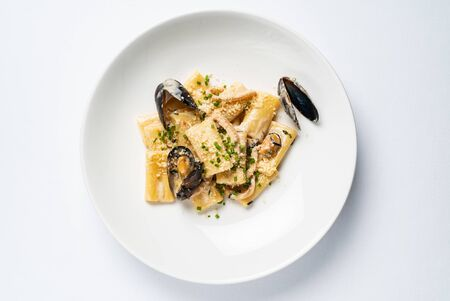 Pasta with mussels and cheese