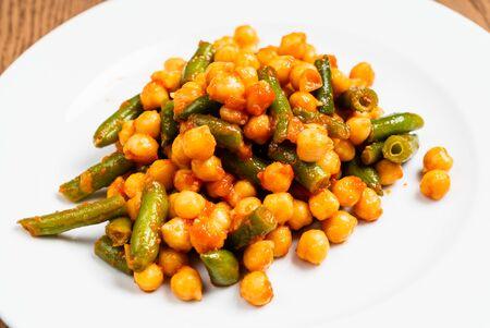 chickpea with green beans Archivio Fotografico - 127386419
