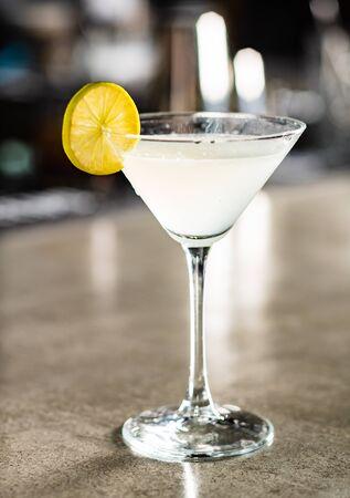 cocktail in the bar Reklamní fotografie - 127386474