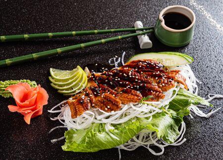 sashimi on the black background 版權商用圖片