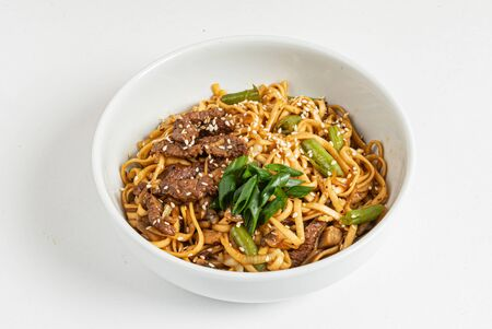 noodle with meat and vegetables 版權商用圖片