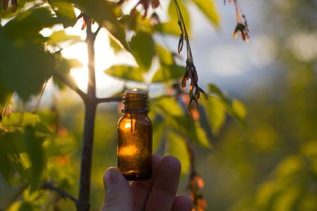 Remèdes naturels - huile, à base de plantes