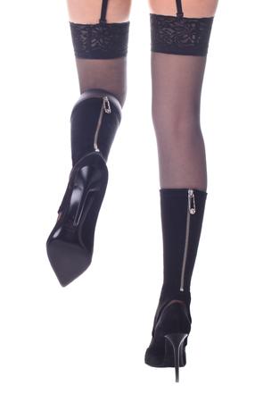 Jambes sexy en lingerie sensuelle, botte> Jambes sensuelles de femme en bottes noires