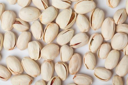 Geroosterde Zoute Pistachio Mout Snack Op Een Witte Achtergrond