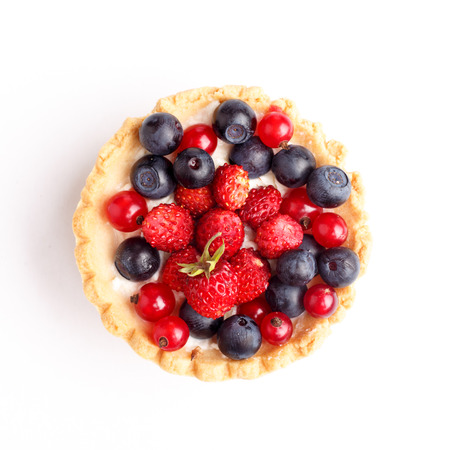 sweet tart: Dessert with wild berries.  Sweet tart with wild strawberry, blueberry and red currant.