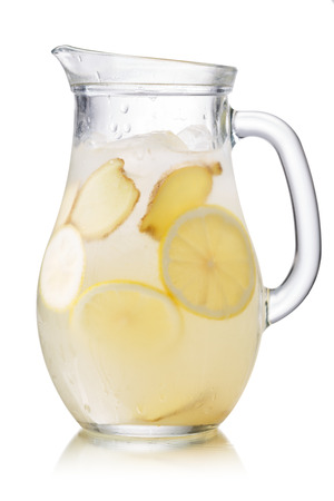 pani: Pitcher of Shikanjvi homemade lemonade with lemon and ginger, spiced with cumin and saffron. Indian beverage known as nimbu pani or shikanji. Bjohpuri cuisine Stock Photo
