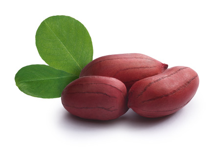 shelled: Whole, shelled raw peanuts with leaves.