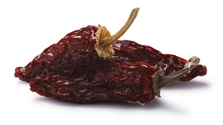 Chipotle morita, a whole smoke-dried overripe Jalapeno peppers. Clipping paths, shadow separated Standard-Bild