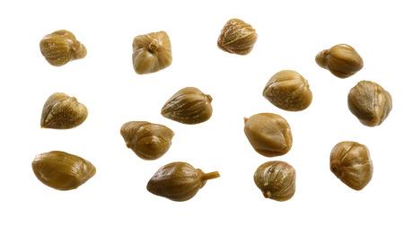 Alcaparras (capullos en escabeche de Capparis spinosa). Trazado de recorte Foto de archivo