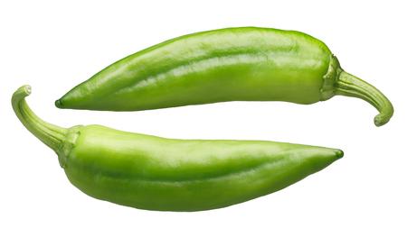 Numex ビッグ ・ ジム緑チリのコショウ、全体。ニュー メキシコ pod 型 (トウガラシトウガラシ)。クリッピング パス 写真素材