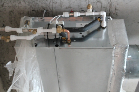 fan coil with connected water pipes 스톡 콘텐츠