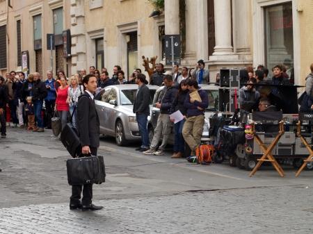 """Rom, Italien - 30. Oktober 2012 - Schauspieler Adrien Brody auf dem Filmset von """"The Third Person"""" Editorial"""