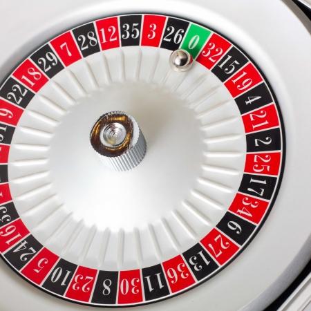 ruleta de casino: ruleta americana mesa de juego sellado Foto de archivo