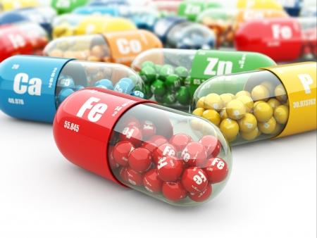 Les compléments alimentaires. pilules de variété. Les capsules de vitamine. 3d Banque d'images - 23832364