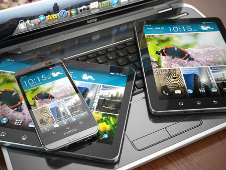 모바일 장치. 노트북, 스마트 폰과 태블릿 PC. 3 차원