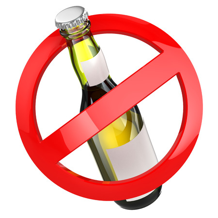 No alcohol sign.  Bottle of beer on white isolated background. 3d Imagens - 32747743