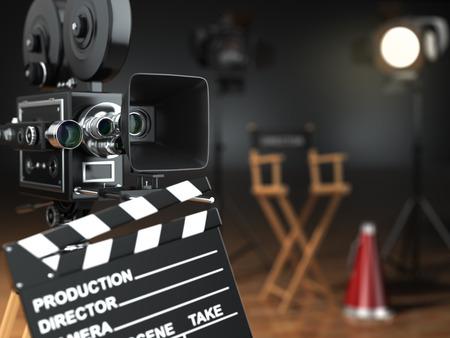 cinta pelicula: Video, pel�cula, cine concepto. C�mara retra, flash, claqueta y la silla de director en el estudio oscuro con efecto Kelvin. 3d Foto de archivo