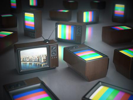 Stapel van vintage tv met een in standby. TV-kanalenconcept 3d illustratie Stockfoto