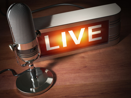 Micrófono vintage con letrero en vivo. Concepto de radiodifusión de radiodifusión. Ilustración 3d Foto de archivo