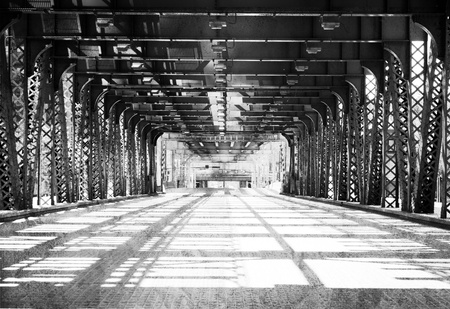 Old (B&W) Chicago Design - Bridge