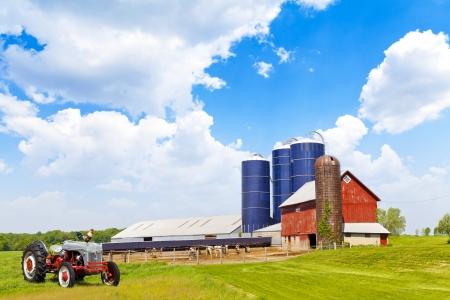 Amerykańska Farmland Z Błękitne Niebo
