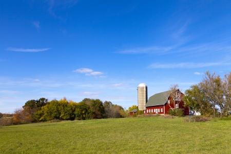 countryside landscape: Traditional American Barn (Autumn Season)