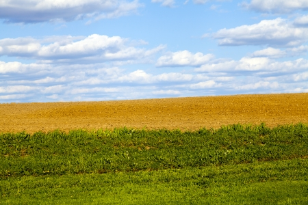 bounds: American Countryside With Blue Sky