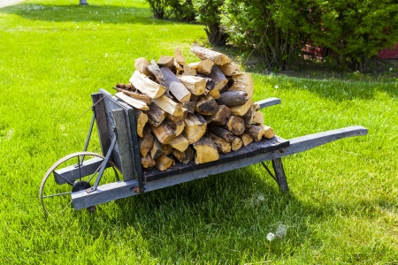 wheelbarrow 版權商用圖片