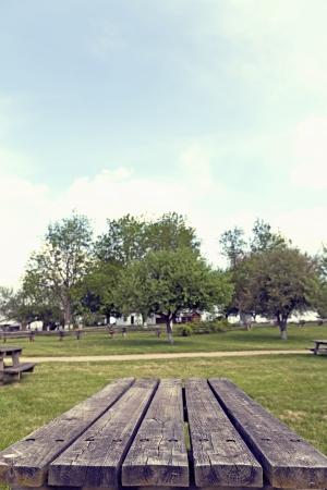 trompo de madera: Mesa de picnic