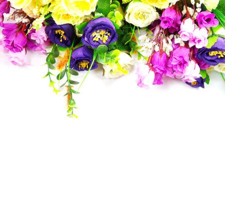 ramo flores: Bouquet Flores en el fondo blanco