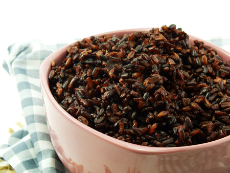 healt: rice mix purple rice berry rice in white cup is a popular healt Stock Photo
