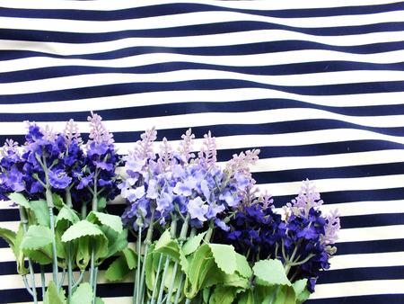 Anordnung Der Künstlichen Lavendel Blumen Blumenstrauß Befindet Sich ...