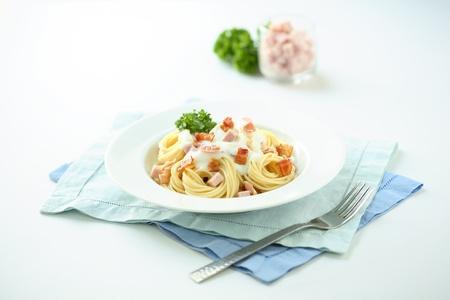 A plate of spaghetti carbonara