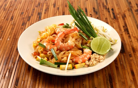 thai noodle: Pad thai, Stir fry noodles with shrimp