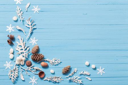 Schöne blaue Weihnachten Hintergrund Standard-Bild - 90269687